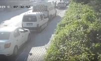 Arabaya Bindi Silahlı Saldırıya Uğradı