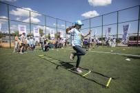 Çocuklar Motto Hareket Şenliği'nde Öğrendikleri Fiziksel Aktiviteleri Sergiledi