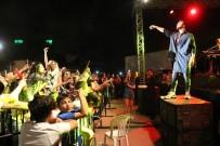 Emre Kaya Şarkılarıyla Antalyalıları Coşturdu