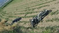 Motosikletle Başka Bir Motosiklete Çarpan 18 Yaşındaki Genç Öldü