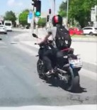 Motosikletle Kimseye Aldırmadan Zikzak Çizerek Seyretti