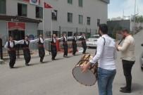 Türk Kültürünü Halk Oyunları İle Öğreniyorlar