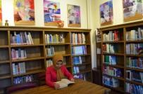 Bu Kütüphanede Yüzlerce Trabzonlu Yazarın Eserleri Bulunuyor