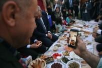 Cumhurbaşkanı Erdoğan Piknik Sofrasında Vatandaşlarla İftar Yaptı