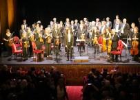 PARİS BÜYÜKELÇİSİ - Genç Türk Bestekar, Notre Dame İçin Konser Verdi