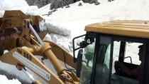 Antalya'da Yayla Yollarında Karla Mücadele