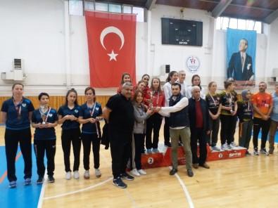 Kütahya Seramik Spor Kulübü Bayan Masa Tenisi Takımı 1.Lige Yükseldi