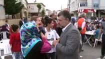 Sultanbeyli'de Binlerce Vatandaş Sokak İftarında Orucunu Açtı