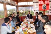 Vali Masatlı, İftarda Ardahan Üniversitesi Öğrencileriyle Buluştu