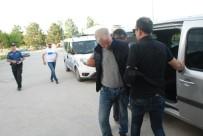 DİNAMİT - Sahte Bomba Düzenekli Soyguncuyu Topallaması Yakalattı