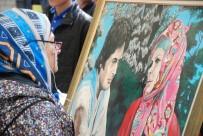SELVİ BOYLUM AL YAZMALIM - Yeşilçam Filmlerindeki Yazma Motifleri Tabloya Dönüştü