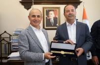 YEREL YÖNETİMLER - Başkan Akgün'e Altın Kemer