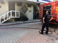 (Özel) Sultangazi'de 2 Katlı Binada Yangın