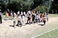 Sultangazi'de 45 Takımdan Bin 157 Öğrenci Kıyasıya Mücadele Etti
