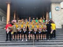 ŞAMPİYONLUK KUPASI - Talasgücü Belediyespor Kupasını Aldı