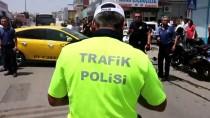TİCARİ TAKSİ - Yaralı Polislere Vatandaşlardan 'Güneş Koruması'