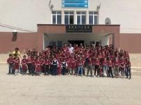 Bursa'da 200 Çocuk Formalarını Giyip Beşiktaş'lı Oldu