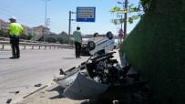 Kontrolden Çıkan Araç Takla Attı Açıklaması 2 Yaralı