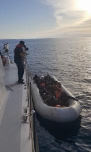 Kuşadası'nda 11'İ Çocuk 23 Kaçak Göçmen Yakalandı