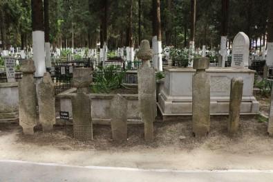 Kuşadası'ndaki Osmanlı Mezar Taşları Sergilenecek