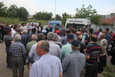 Tosya'da Öldürülen 3 Kişi Toprağa Verildi