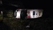 Ambulans Kaza Yaptı Açıklaması 3 Yaralı
