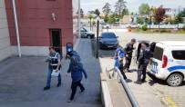Düzce'de Polisin Dikkati Sonucu Hırsızlar Yakalandı