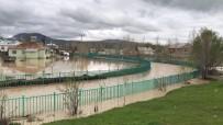 KONUKBEKLER - Muş'ta Su Baskını Maddi Hasara Yol Açtı