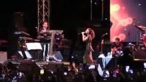 YILDIZ TİLBE - Yıldız Tilbe, Edirne'de Konser Verdi