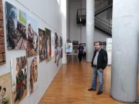 Zeytinburnu'nda Eğitim Alan Kursiyerlere Sertifikaları Verildi