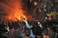 Beşiktaş Galibiyeti Galatasaraylıları Kars'ta Sokağa Döktü