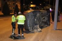 İki Otomobil Alt Geçit Çıkışında Çarpıştı Açıklaması 2 Yaralı