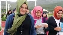 Öğrenciler Kitap Okuma Etkinliğiyle Burdur Gölü'nün Kurumasına Dikkati Çekti