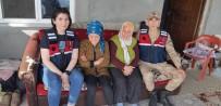 Ormanlık Alanda Kaybolan Bayanı Jandarma Buldu