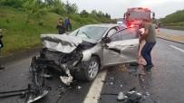 TEM Otoyolunda Zincirleme Kaza Açıklaması Lüks Araç Alev Alev Yandı