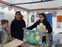 Uşak Gençlik Festivalinde Ebru Sanatına Yoğun İlgi