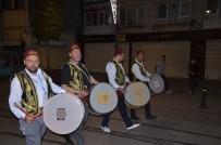 ORÇUN - Bursa'da Ramazan Davulcuları İlk Mesaisine Başladı