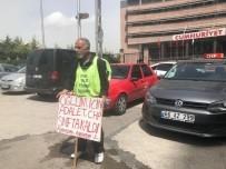 DEVLET BAHÇELİ - CHP Önünde Pankartlı Protesto