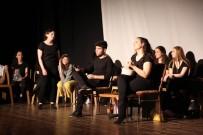 Genç Tiyatrocular Performansları İle Büyüledi