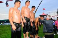 Manavgat Er Meydanında İkiz Kardeşler Rüzgarı Esti