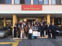 Niğde'de Şehit Ailelerine Ve Gazilere Devlet Övünç Madalyası Törenle Verildi