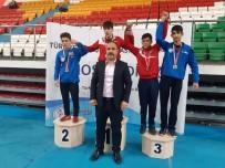 TAHA AKGÜL - Osmaniyeli Güreşçiler Madalyalarla Döndü