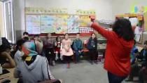Üniversite Öğrencileri Köy Çocuklarının 'Hayal Dünyasına' Girdi