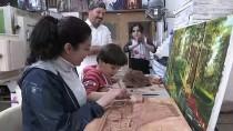 Ailece Sanatla İç İçe Yaşıyorlar