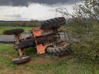 Devrilen Traktörün Altında Kalan İki Kişi Yaralandı