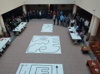 ROBOT - Öğrenciler Robotları Yarıştırdı
