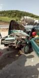 Traktör İle Binek Araç Kaza Yaptı Açıklaması 2 Yaralı