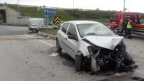 AYDOĞAN - Bursa'da Trafik Kazası Açıklaması 1 Ölü, 2 Yaralı