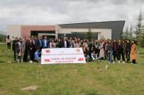 NEVÜ Öğrencileri Fidanları Toprakla Buluşturdu
