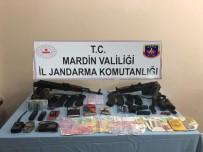 Nusaybin'de 2 Teröristin Etkisiz Hale Getirildiği Bölgede Çok Sayıda Mühimmat Ele Geçirildi